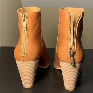 Lucky Brand Shoes - Adorable Lucky Brand Adalan Booties!